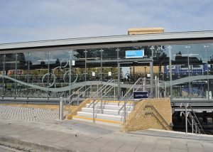 gravesend station cycle hub project